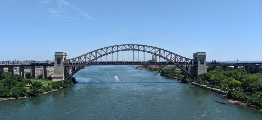 A bridge over the East River in New York.