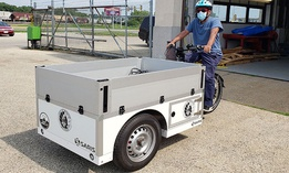 The bikes, manufactured in Amsterdam, can carry up to 881 pounds (rider and payload).